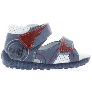 High instep sandals for a boy with arches and wide feet