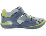 Orthopedic for a child with flat feet best sandals