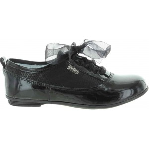 Pigeon toed child corrective shoes