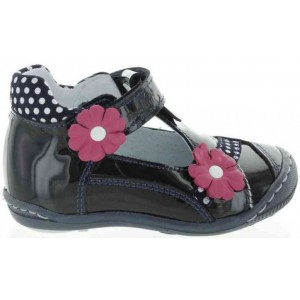 Babies with high arches first step shoes