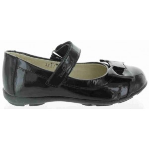 Support shoes in children for foot pronation