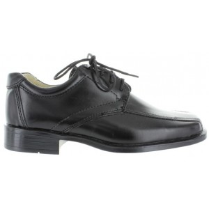 Boy with arch support dress shoes