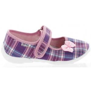 Sweaty feet in kids best ortho slippers