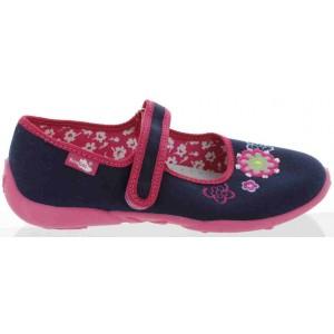 Pediatric slippers for girls