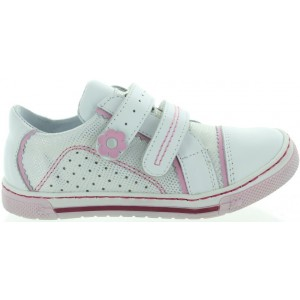 European leather shoes for child