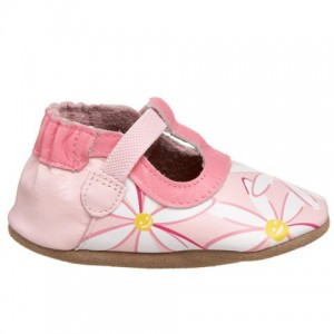 Leather shoes that stay on baby's feet