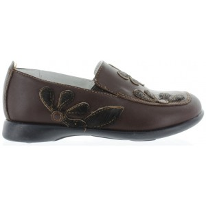 Shoes for children from Europe slipon style