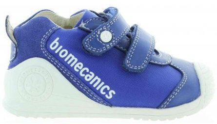 Sneakers for toddlers with ankles turning inwards